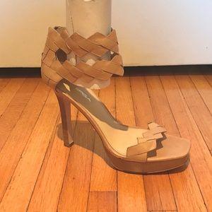VIA SPIGA Nude Leather ZigZag Sandals, Size 9.5